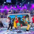 Ao lado de Celso Zucatelli, Théo Becker, Raul Gazolla e MC Koringa, eles fizeram performances dos sucessos do grupo, como 'Pelados em Santos' e 'Robocop Gay'