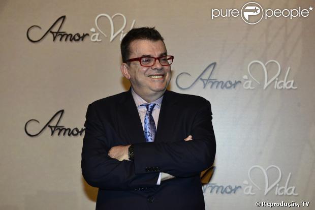 Walcyr Carrasco, o autor de 'Amor à Vida', foi avisado que terá de escreve mais uma semana de capítulos para a novela das 21h da TV Globo