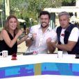 Maíra Charken e Otaviano Costa ainda receberam o aniversariante Joaquim Lopes no novo estúdio de vidro do 'Vídeo Show': 'Joca tá de parabéns todos os dias, mas hoje um pouquinho mais', brincou a apresentadora