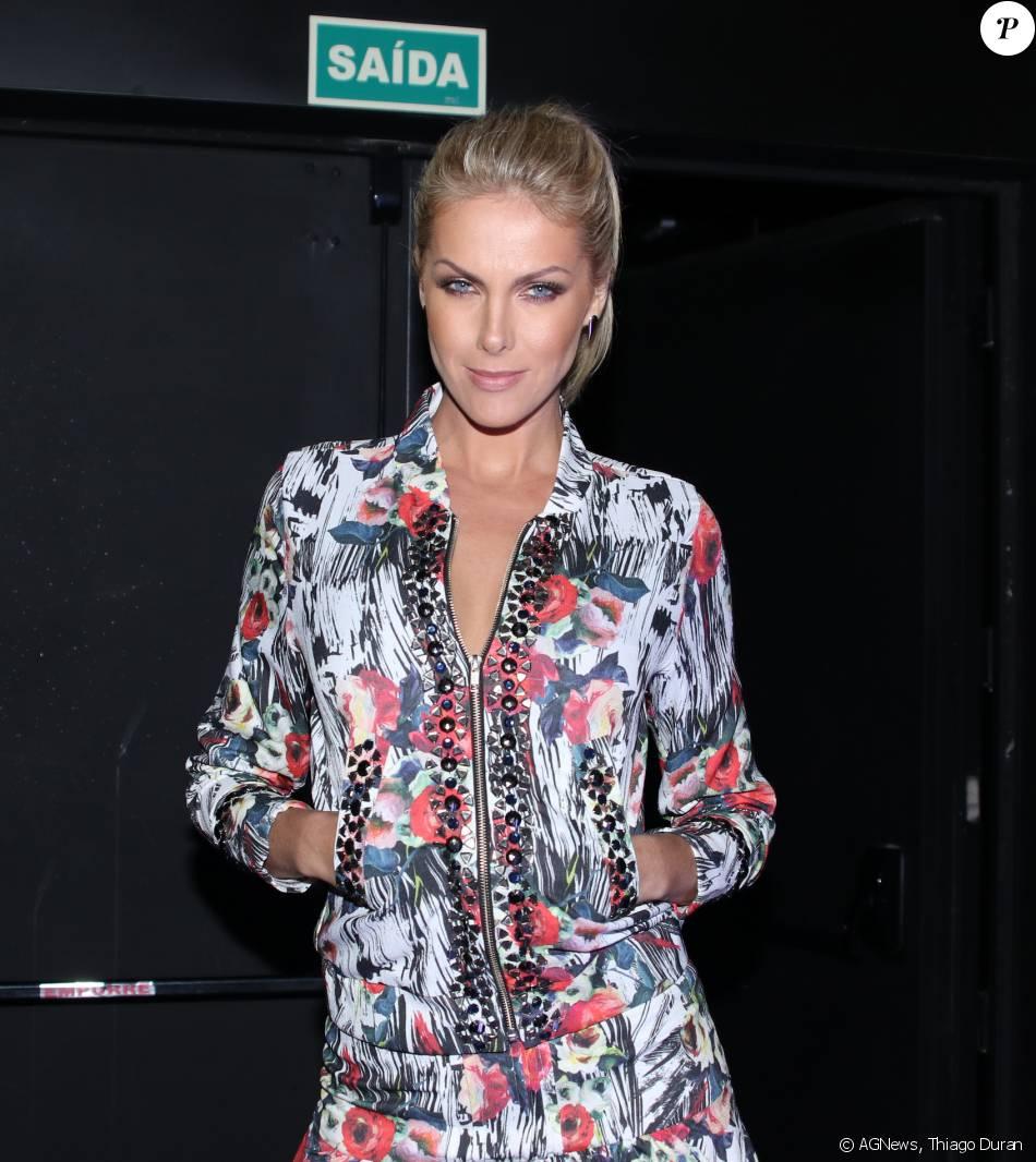 Ana Hickmann prestigia a festa da revista Elle em São Paulo, nesta quarta-feira, 27 de abril de 2016