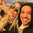 No programa 'Domingo Show', da Record, contou de seus planos de casamento com Thyane Dantas, neste domingo, 1º de maio de 2016
