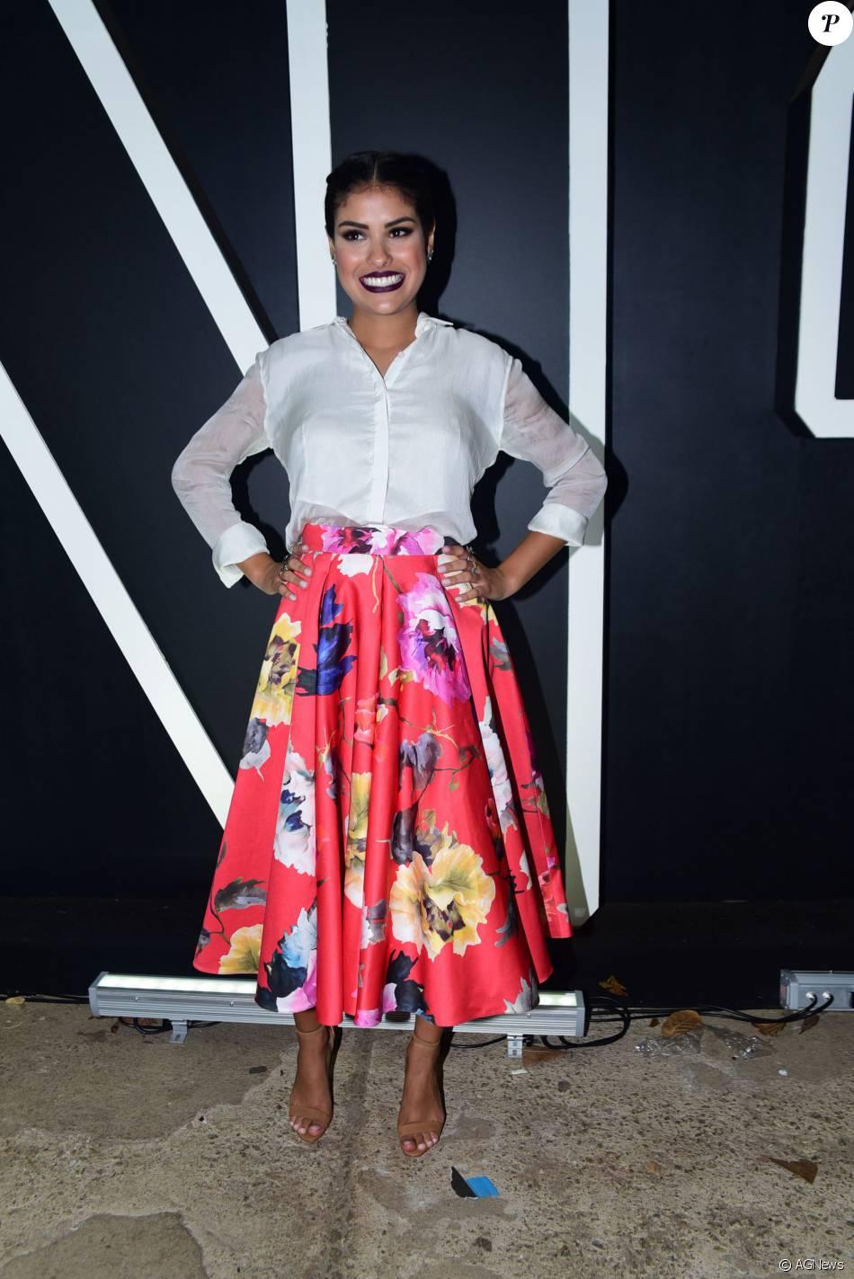 A ex-BBB Munik elege novas peças preferidas no closet em entrevista ao Purepeople: 'Saia Midi e vestido justo comprido'