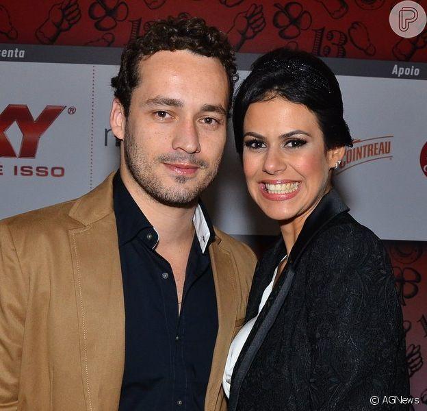 Rodrigo Andrade foi à festa de 13 anos da revista 'Quem' acompanhado da nova namorada, a empresária Joyce de Paulo, nesta terça-feira, 15 de outubro de 2013