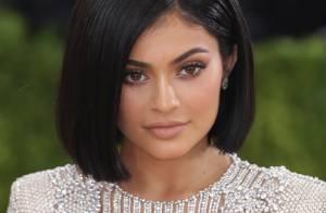 Aos 18 anos, Kylie Jenner compra nova mansão de R$ 21 milhões nos EUA. Fotos!
