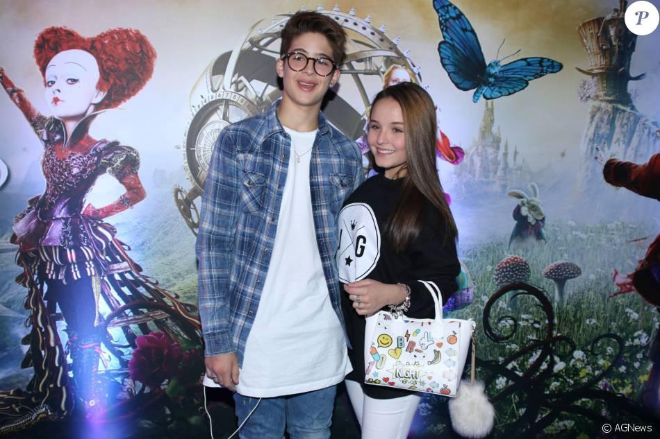 a909feb710f6a Larissa Manoela e João Guilherme Ávila foram juntos à pré-estreia do filme   Alice