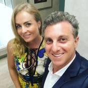 Luciano Huck e Angélica levam filhos a casamento de Helena Bordon no Caribe