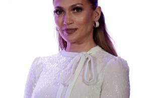 Jennifer Lopez compra mansão de R$ 144 milhões com lago particular e anfiteatro