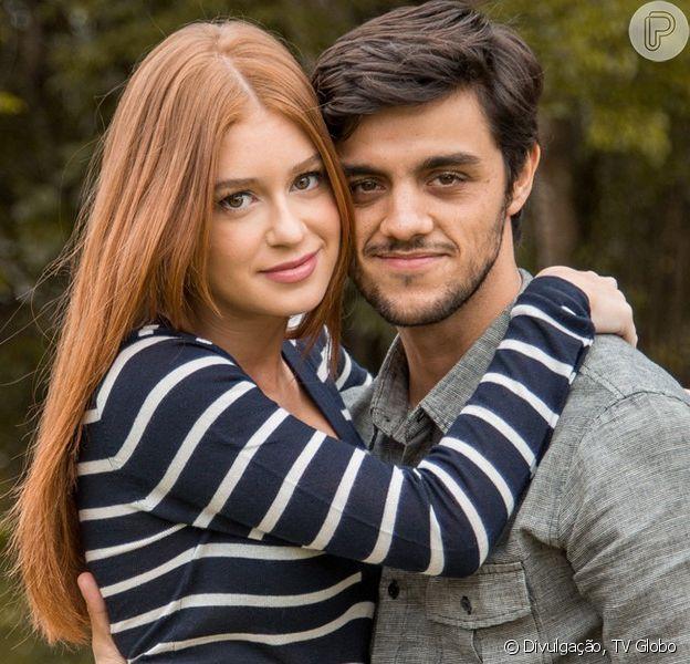 Eliza (Marina Ruy Barbosa) ficou com Jonatas (Felipe Simas) no último capítulo da novela 'Totalmente Demais', exibido em 30 de maio de 2016