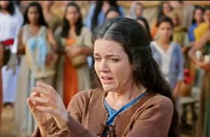 'Os Dez Mandamentos - Nova Temporada': arrependida, Miriã fica curada da lepra