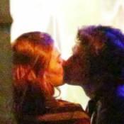Isis Valverde e o namorado, André Resende, são flagrados aos beijos. Fotos!
