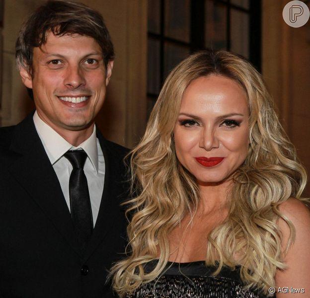 Eliana nega noivado após ganhar aliança: 'Não estou noiva, mas muito apaixonada'