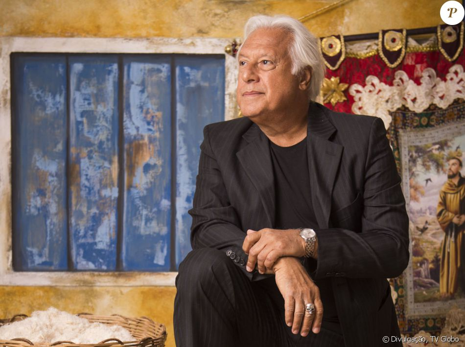 Antonio Fagundes acredita que o visual do coronel Afrânio, da novela 'Velho Chico', reflete os políticos brasileiros