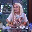 Ana Maria Braga usou colar feito de alho e pulseiras de cenoura e alho no 'Mais Você' em abril de 2016