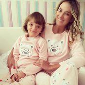 Mamães famosas usam looks iguais aos das filhas. Confira quem aderiu à moda!