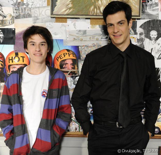Félix (Mateus Solano) descobre que Jonathan (Thalles Cabral) não é seu filho, mas sim de César (Antonio Fagundes), em 'Amor à Vida', em 4 de novembro, de 2013