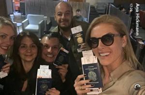 Ana Hickmann faz 1ª viagem após sofrer atentado, para Angola: 'Embarque'. Fotos!