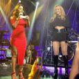 Anitta recebeu Joelma no palco do 'Música Boa Ao Vivo'