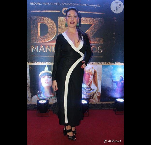 Giselle Itié criticou a edição da cena da novela 'Os Dez Mandamentos', em que a sua personagem, Zípora, reencontrou a irmã, Adira (Rayana Carvalho)
