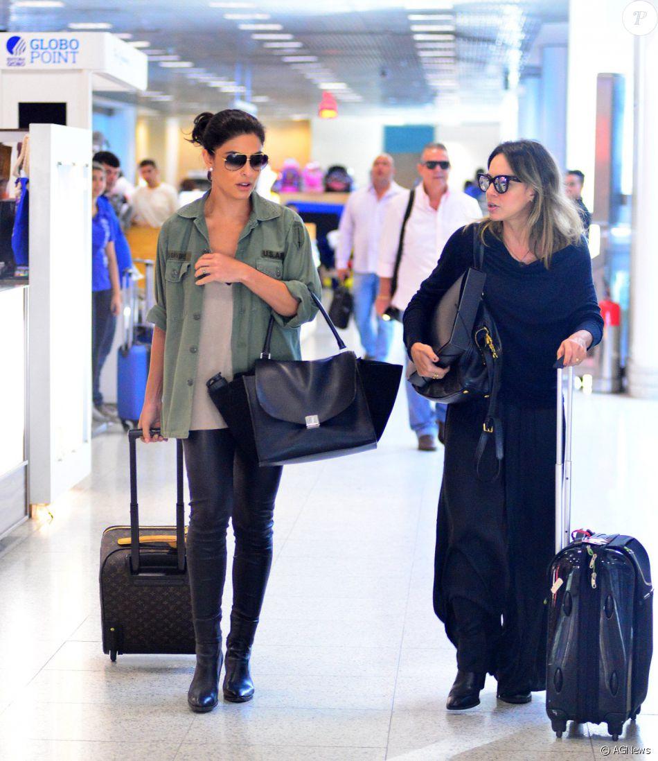 Juliana Paes viaja com óculos de 1,8 mil usado em  Totalmente Demais ... 8e0ffbaa84