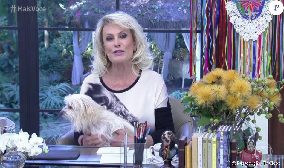 Ana Maria Braga cometeu uma gafe no 'Mais Você' desta quinta-feira, 30 de junho de 2016: 'A gente está se despedindo do mês de junho e da nossa decoração natalina'