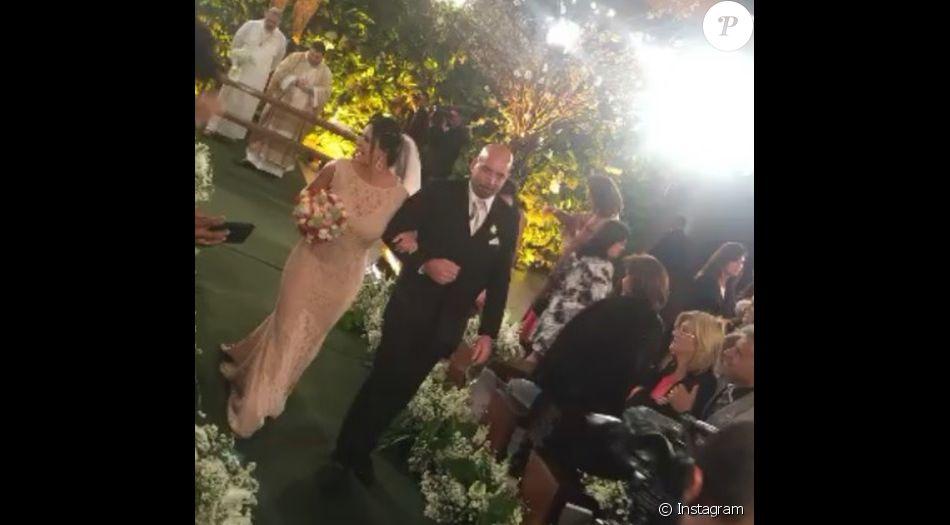 Gretchen se casou com o empresário Carlos Marques na noite desta quarta-feira, 29 de junho de 2016