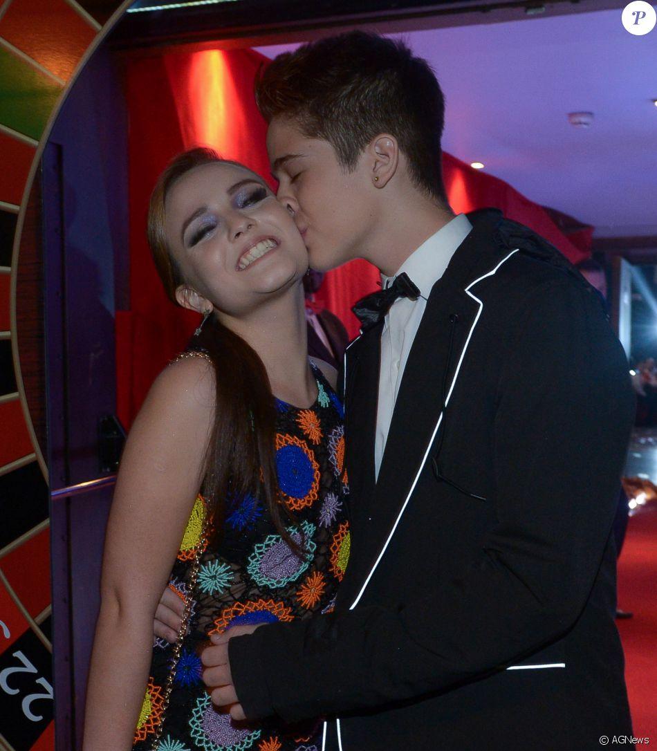 5618995d9e3d2 Larissa Manoela lembra início de namoro com João Guilherme   Demorou ...