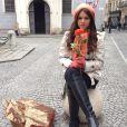 Bruna Marquezine posa caracterizada de Helena da novela 'Em Família', na Áustria