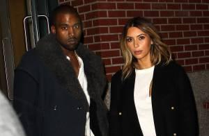 Kim Kardashian e Kanye West, noivos, planejam exibir o casamento na TV