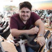 Com 23 quilos a menos, César Menotti se diz insatisfeito: 'Me acho gordo'