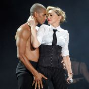 Madonna termina namoro de 2 anos com Brahim Zaibat; traição seria o motivo