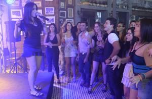 'Amor à Vida': Anitta vai ao show de Carlito e dá canja; veja fotos