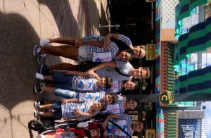 Wesley Safadão e a mulher curtem passeio com filhos usando looks iguais. Fotos!