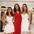 Isis Valverde prestigiou o lançamento da nova coleção da Le Lis Blanc com Debora Nascimento e Monica Martelli