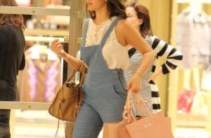 Bruna Marquezine vai às compras com look grifado em shopping no Rio. Fotos!