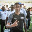 Em sua recente passagem pelo Brasil, Neymar jogou em Natal, no Rio Grande do Norte, mas deu um pulinho em São Paulo, onde encontrou a atriz