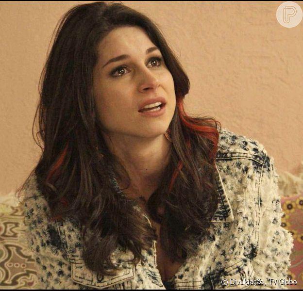 'Haja Coração': após colocar Shirlei (Sabrina Petraglia) na cadeia, Carmela (Chandelly Braz) sente pena da irmã