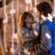 Helô (Isabelle Drummond) engravidou de Pedro (Reynaldo Gianecchini) na primeira fase da novela 'A Lei do Amor', mas sua gravidez ficou omitida do público