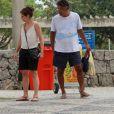 Drica Moraes curtiu esse sábado, 15 de outubro de 2016, ao lado do filho, Matheus, e do marido, Fernando Pitanga, em um parque ao ar livre do Rio