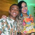Nego do Borel e a namorada, Crislaine Gonçalves, retomaram com o relacionamento após um mês separados