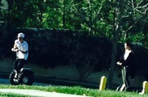 Justin Bieber e Selena Gomez são flagrados juntos em condomínio do cantor