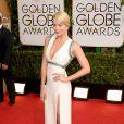 Margot Robbie posa no tapete vermelho do Globo de Ouro 2014