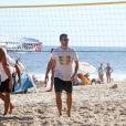 Rodrigo Hilbert aproveitou o sol desta terça-feira, 28 de janeiro de 2014, para jogar vôlei na praia do Leblon