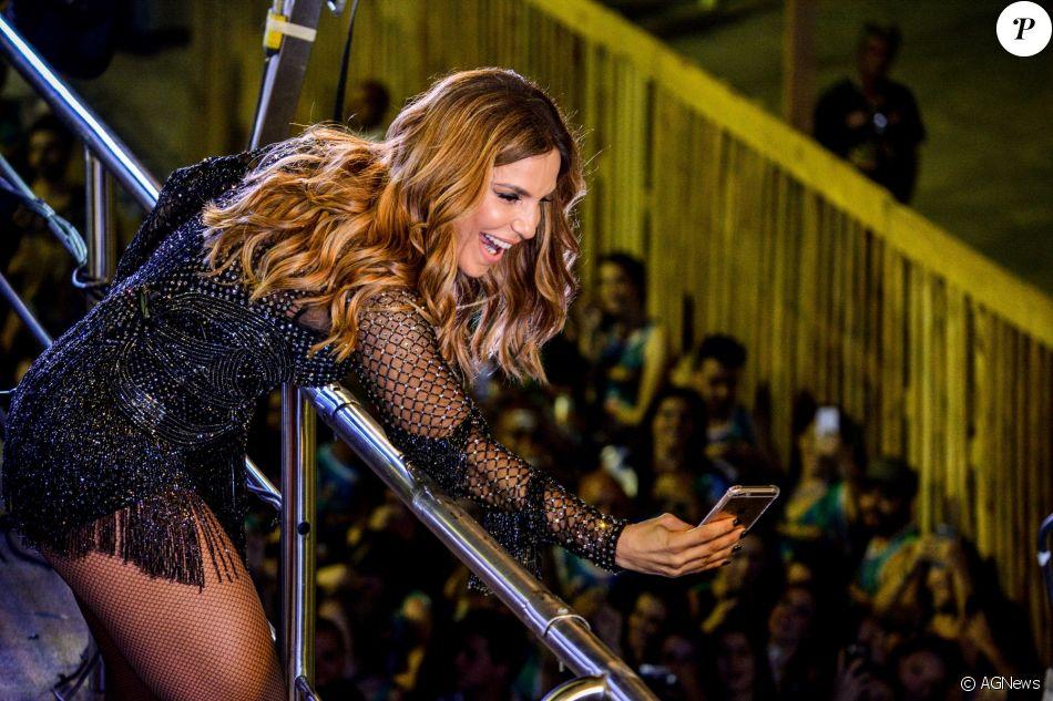 No desfile da Grande Rio, em fevereiro de 2017, Ivete Sangalo vai aparecer em cima de um trio elétrico, de acordo com o jornal 'Extra'