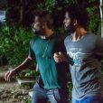 Wagner (Felipe Mago) e Mario (Bruno Gagliasso) foram capturados pelos comparsas de Cesar (Rafael Cardoso), na Bahia, na novela 'Sol Nascente'