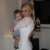 Após término com Jonathan Costa, Antonia Fontenelle comemora seis meses do filho