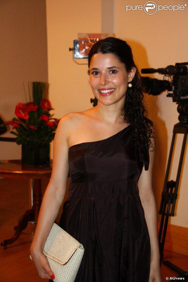 Manuela do Monte deve ser a protagonista do remake de 'Chiquititas' no SBT em 2013