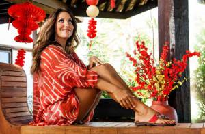 Ivete Sangalo posa sensual para a nova campanha de sua linha de calçados