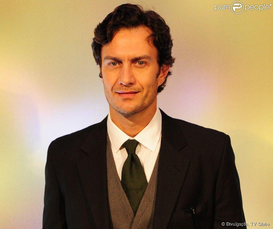 Gabriel Braga Nunes entra na terceira fase de 'Em Família' e defende Larte,s eu personagem: 'Não se pode condená-lo', em 13 de fevereiro de 2014