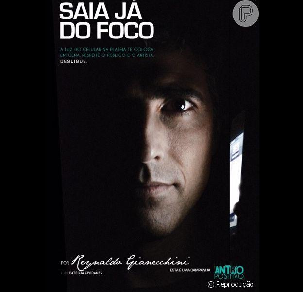 Reynaldo Gianecchini posa para campanha contra uso de celular no teatro