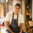 Reynaldo Gianecchini atua como o cozinheiro Cadu na novela 'Em Família', de Manoel Carlos